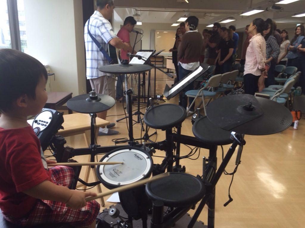 Shoma leads worship